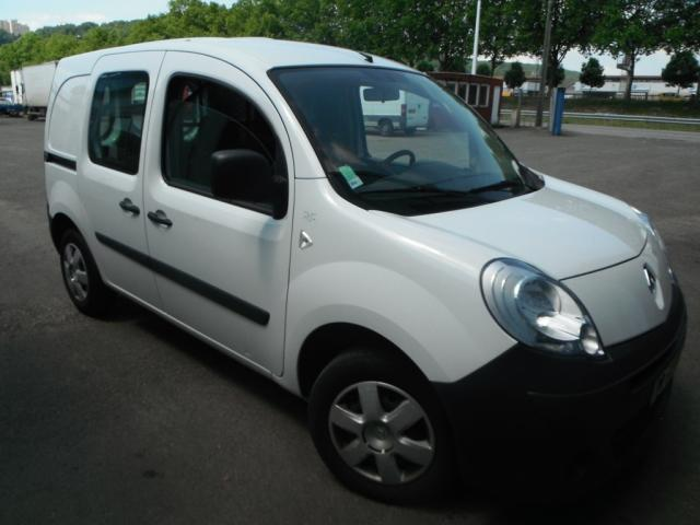 achat renault occasion cambrai renault kangoo occasion kangoo kangoo dci 70 fourgon nr nr. Black Bedroom Furniture Sets. Home Design Ideas