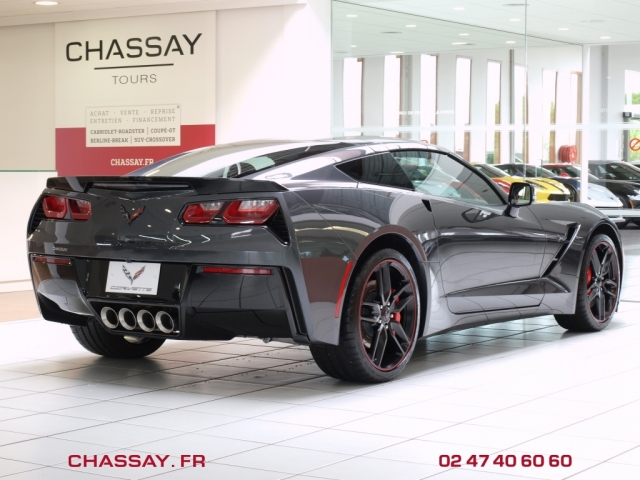 nouvelle corvette c7 stingray 2013 corvette neuve en stock corvette c7 stingray neuve c7. Black Bedroom Furniture Sets. Home Design Ideas