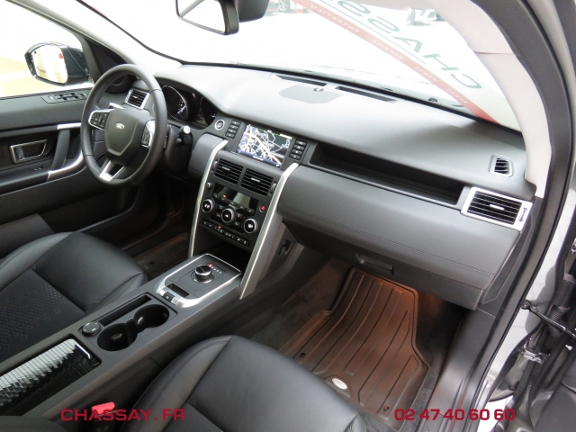Land Rover Discovery Sport 2.0 TD4 150 intérieur